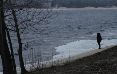 У Києві виявили тіло жінки в річці