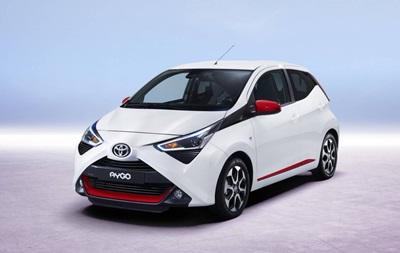 В Сети показали обновленный хэтчбек Toyota Aygo
