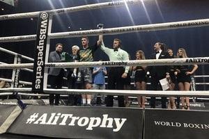 Каллум Сміт вийшов у фінал Всесвітньої боксерської суперсерії