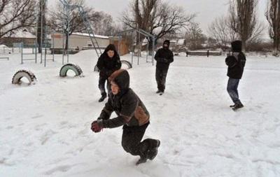 Снігопад в Україні: у Києві закрили школи і дитсадки