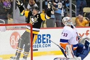 НХЛ: Тампе одолела Филадельфию, Питтсбург в овертайме вырвал победу у Айлендерс