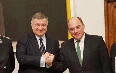 Глави МВС України і Великобританії обговорили російські кібератаки