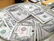 В интернет-магазинах товары продают по курсу около 5,8 грн за доллар