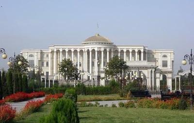 Таджикистан и Узбекистан отменили между собой визы