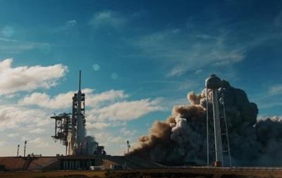 Оприлюднено нове відео запуску Falcon Heavy