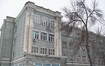 У Києві виселяють дітей і вчителів з ліцею №142 - соцмережі