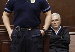 Прокуратура Нью-Йорка решила освободить Стросс-Кана из-под домашнего ареста