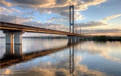 У Києві частково обмежать рух по Південному мосту