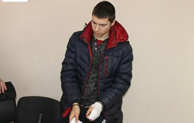 Суд заарештував школяра, який вбив чоловіка і дитину в Павлограді