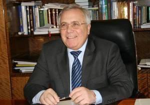 Отцы и дети: Глава Днепропетровского облсовета по морально-этическим соображениям уходит в отставку