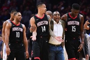 НБА: Хьюстон выиграл у Клипперс, Сан-Антонио победил Новый Орлеан