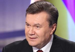 Янукович: Украина не будет пересматривать отношение к личности Сталина