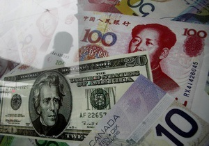 Курс доллара вновь снизился на межбанке