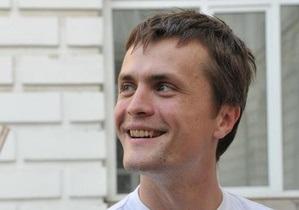 Известный общественный активист снялся с выборов в пользу кандидатов от оппозиции