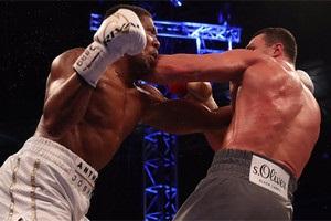 Паркер каждый день смотрит бой Джошуа с Кличко