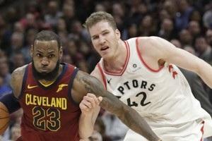НБА: Кливленд обыграл Торонто, Оклахома уступила Голден Стэйт