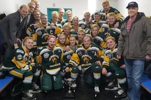 В Канаде погибло 14 хоккеистов после столкновения автобуса с грузовиком
