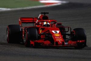 Формула-1: Феттель виграв неймовірну гонку на Гран-прі Бахрейну