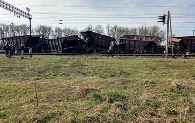 Аварія на залізниці під Львовом: рух поїздів відновили