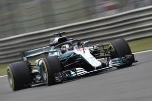 Хемілтон виграв першу практику Гран-прі Китаю