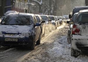 Из-за непогоды в Украине обесточено более 200 населенных пунктов