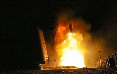 США показали запуск ракети Томагавк по Сирії