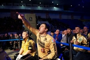 Известный тренер по боксу находится в коме после нападения в Николаеве