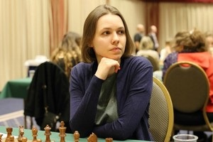 Шахи: Ушеніна виграла, Музичук білими програла