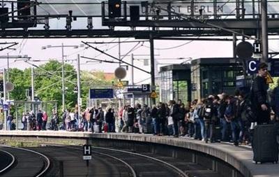В Берлине эвакуируют тысячи людей из-за бомбы времен Второй мировой