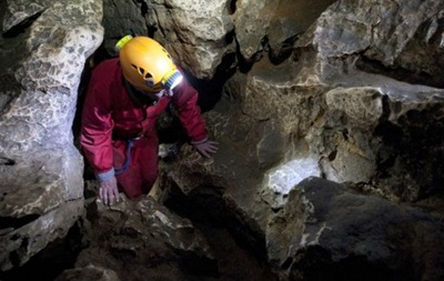 Во французской пещере застряли восемь спелеологов