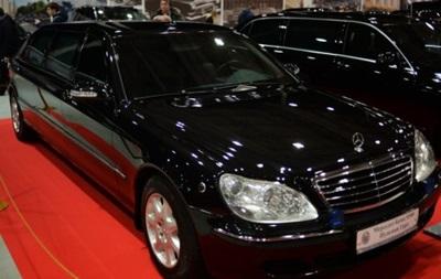 В России продают лимузин Путина - СМИ