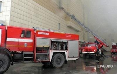 У Москві загорівся ТЦ, рятувальники евакуювали людей