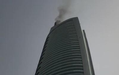 В Дубае горит 68-этажный небоскреб