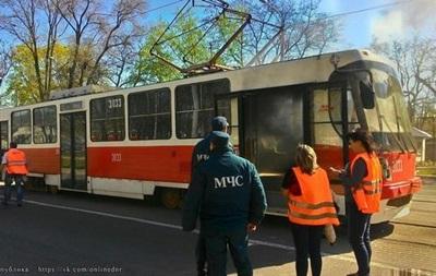 В Донецке на ходу загорелся трамвай