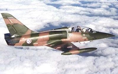 В Тунисе разбился военный самолет, есть жертвы