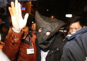 С подозреваемого в жестокой атаке с применением кислоты в Гонконге сняты обвинения