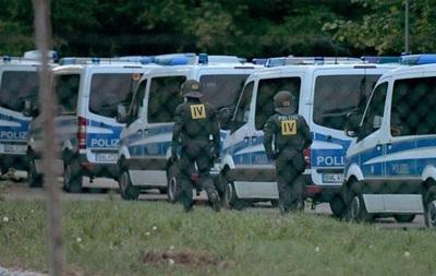 Нападение на полицейских в Германии: в лагере беженцев провели спецоперацию
