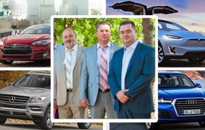 Семья фискала из Одессы за два года купила три Tesla