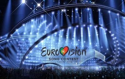 На відкритті «Євробачення 2018» представник України демонстративно ігнорував російських журналістів— ЗМІ