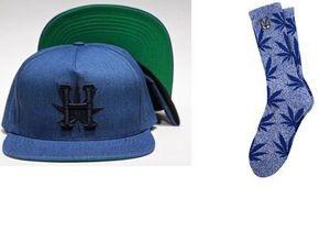 Снуп Догг и марка Huf выпустили коллекцию одежды в честь дня марихуаны
