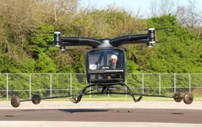 Аэротакси SureFly впервые поднялось в воздух с человеком