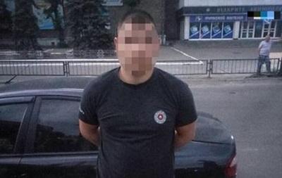 Суд заарештував чоловіка, який побив у Києві поліцейського битою