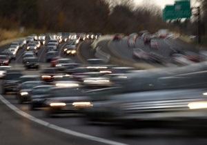 В Украине более половины водителей не пристегивают ремни безопасности - опрос