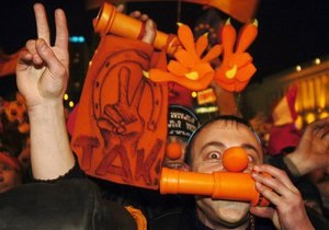 Инициатива КУПР отпраздновать годовщину оранжевой революции не нашла поддержки у оппозиции