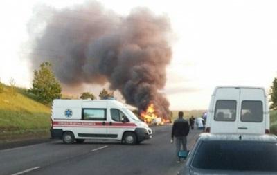 В Ровенской области ДТП с пожаром: есть жертвы