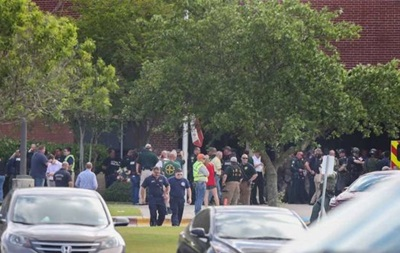 Стрілянина в техаській школі: знайдені вибухові пристрої