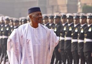 Свергнутый президент Мали отправился в добровольную ссылку в Сенегал