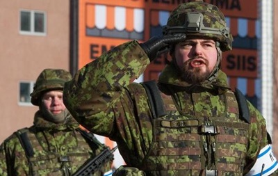 Эстония и Швеция объявили о совместных военных учениях