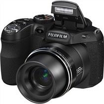 Фокстрот  представляет эксклюзивную на розничном рынке модель – фотоаппарат FUJI FINEPIX S2950 Black