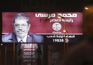 Египет: на выборах лидируют исламист и соратник Мубарака